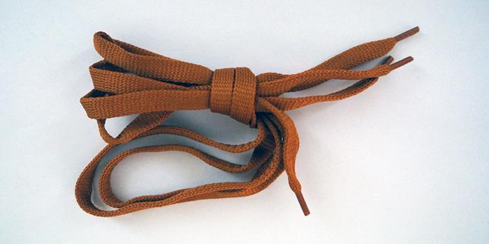 Как укоротить шнурки
