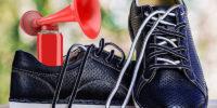 Скрипит обувь при ходьбе